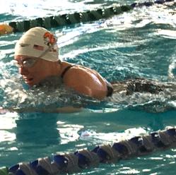 Diane Dalbke breaststroking